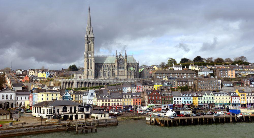 Poblacht na hÉireann, An Cóbh