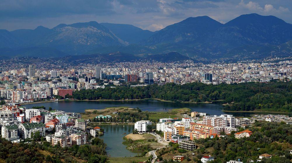 Shqipëria, Tirana